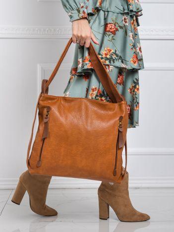 Brązowa torebka z paskiem