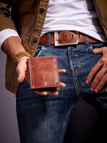 Brązowy gładki skórzany portfel dla mężczyzny