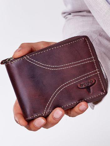 Brązowy portfel męski ze skóry z ozdobnymi przeszyciami