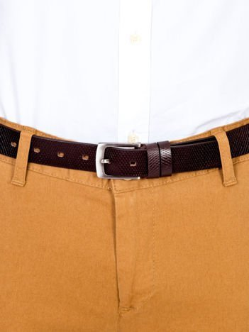 Brązowy skórzany pasek męski w tłoczony wzór