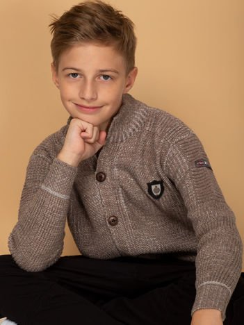 Brązowy sweter dla chłopca z kieszeniami