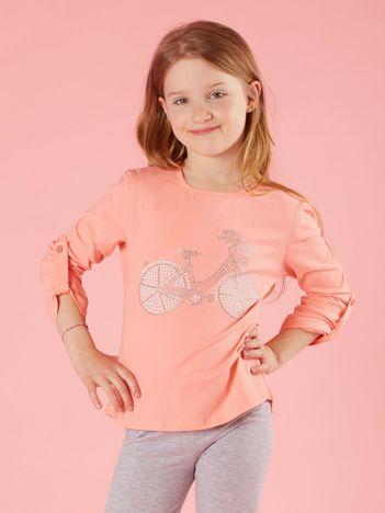 Brzoskwiniowa dziewczęca bluzka z aplikacją