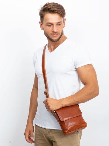 Camelowa męska torba listonoszka