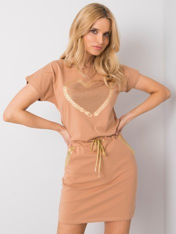 Camelowa sukienka na co dzień Naya OCH BELLA