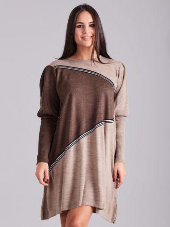 Ciemnobeżowa luźna sukienka z dzianiny