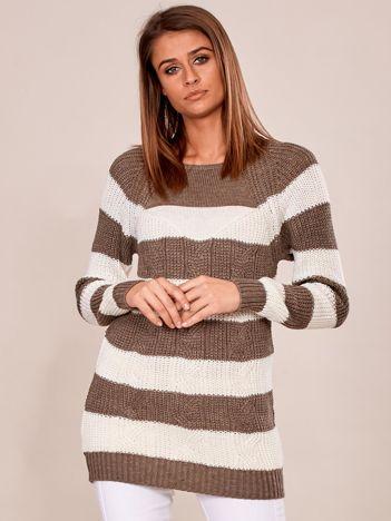 Ciemnobeżowy sweter damski w paski