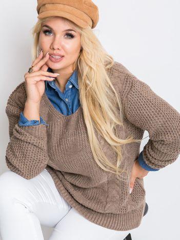 Ciemnobeżowy sweter plus size Ruffle