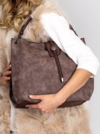 Ciemnobrązowa torba z klapką i odpinanym paskiem