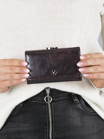 Ciemnobrązowy mały portfel skórzany na bigiel