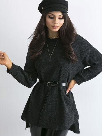 Ciemnografitowy dłuższy sweter oversize w prążek