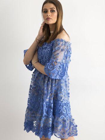 Ciemnoniebieska sukienka hiszpanka z koronką