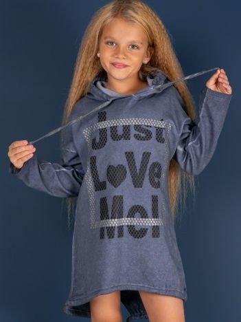 Ciemnoniebieska tunika dla dziewczynki z kapturem i napisem