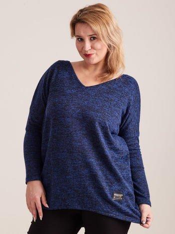 Ciemnoniebieski lekki sweter melanżowy V-neck PLUS SIZE