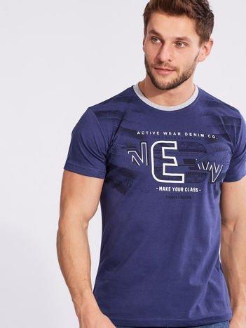 Ciemnoniebieski męski t-shirt bawełniany