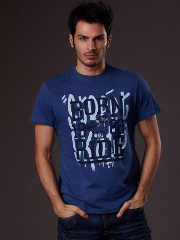 Ciemnoniebieski t-shirt męski skater