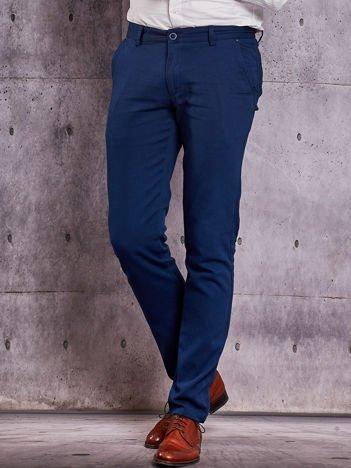 Ciemnoniebieskie spodnie męskie o delikatnej fakturze