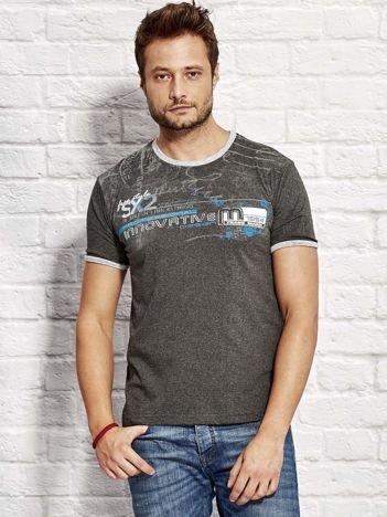 Ciemnoszary t-shirt męski z nadrukiem