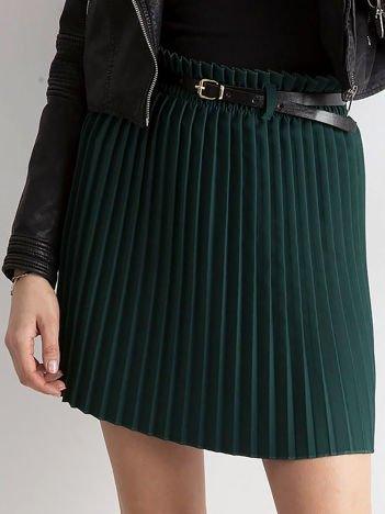 Ciemnozielona plisowana spódnica z paskiem