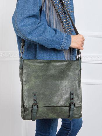 Ciemnozielona torba na ramię