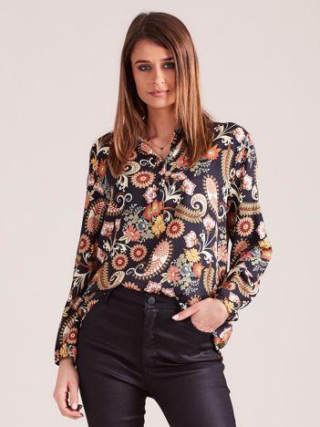 Czarna bluzka w kwiaty z guzikami