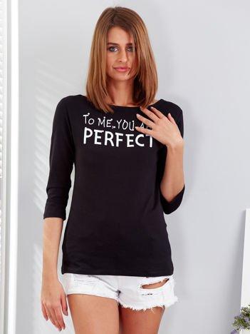 Czarna bluzka z napisem i perełkami