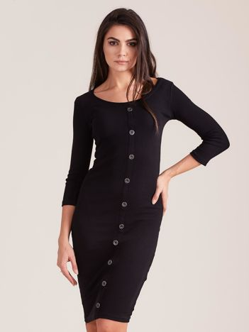 Czarna dopasowana prążkowana sukienka