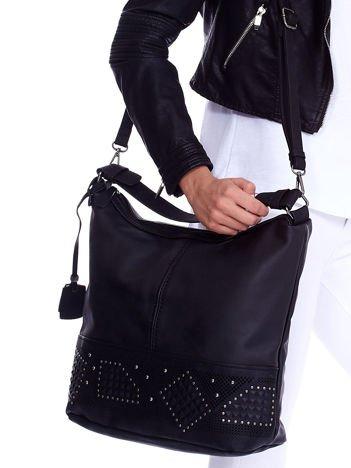 Czarna duża torba z ozdobnym modułem