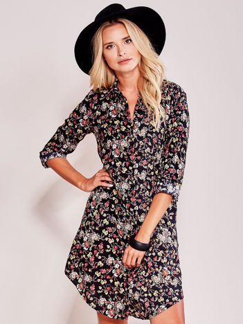 Czarna koszulowa sukienka w kwiaty