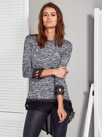 Czarna melanżowa bluzka z transparentną wstawką z tyłu