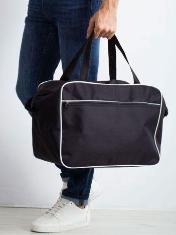 Czarna męska torba podróżna