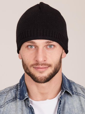 Czarna ocieplana czapka męska