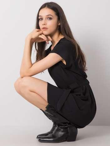 Czarna sukienka Allaina