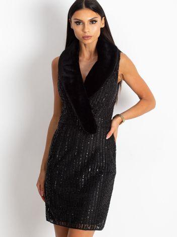 Czarna sukienka Boost