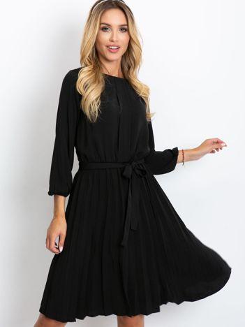 Czarna sukienka Dakota