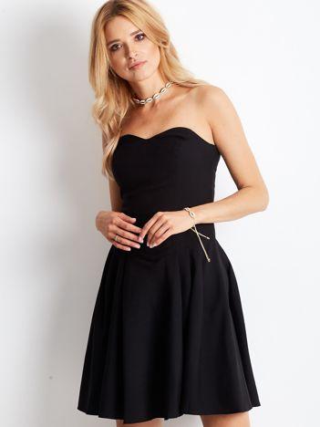 Czarna sukienka damska z dekoltem serce