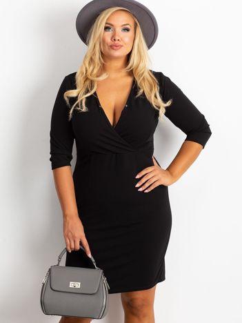 Czarna sukienka plus size Miranda