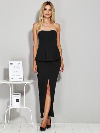 Czarna sukienka wieczorowa z baskinką