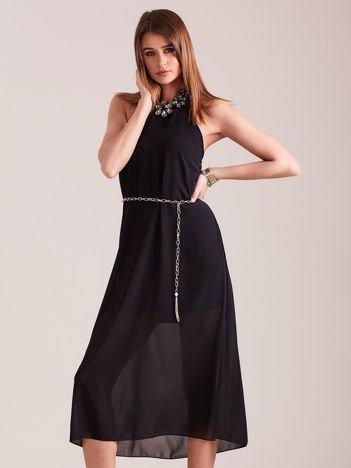 Czarna sukienka z ozdobnym dekoltem