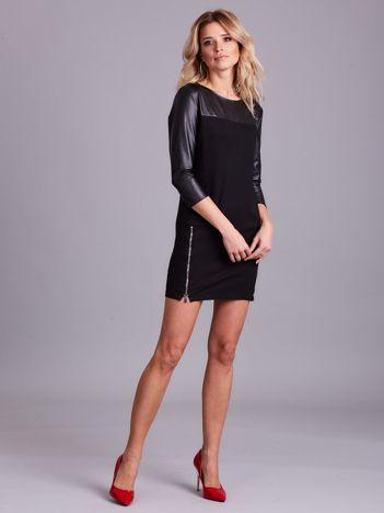 Czarna sukienka z suwakami