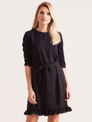 280c6341eb Czarna sukienka z wiązaniem i falbanami