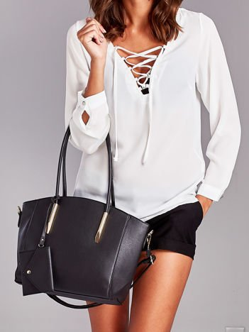 Czarna torba shopper bag z ozdobnymi okuciami