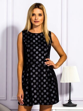 Czarna warstwowa sukienka w grochy