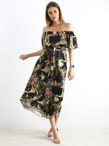 Czarna wzorzysta sukienka z hiszpańskim dekoltem
