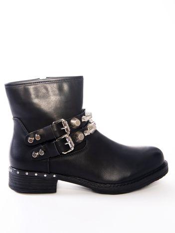 Czarne botki z paskami i srebrnymi nitami