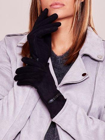 Czarne ocieplane rękawiczki z kokardką i ażurowaniem
