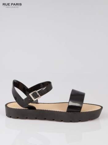 Czarne sandały strap slides Nahla na traktorowej podeszwie