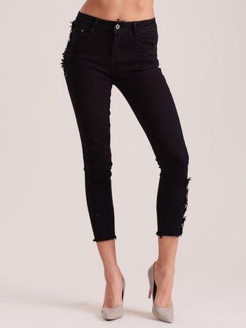 Czarne spodnie damskie z aplikacją