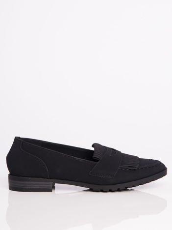 Czarne zamszowe marmurkowe lordsy z frędzelkami z przodu buta