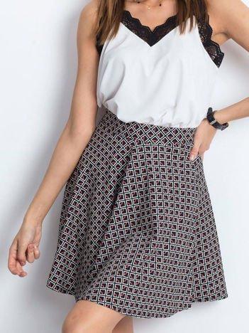 Czarno-czerwona spódnica Shiny