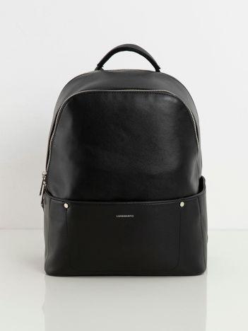 Czarny duży plecak z ekoskóry